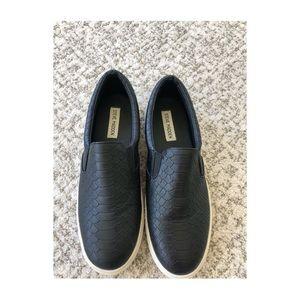STEVE MADDEN black snakeskin slip on sneakers